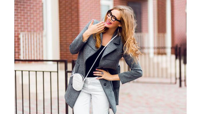 Какое пальто выбрать невысоким девушкам